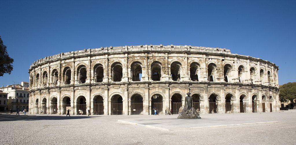 Nîmes : l'amphithéâtre romain